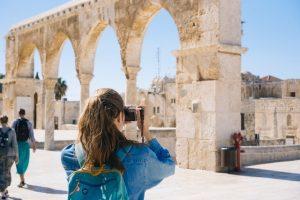 יוצאים לחופשה בארץ: איך תמצאו דילים ומבצעים משתלמים במיוחד?